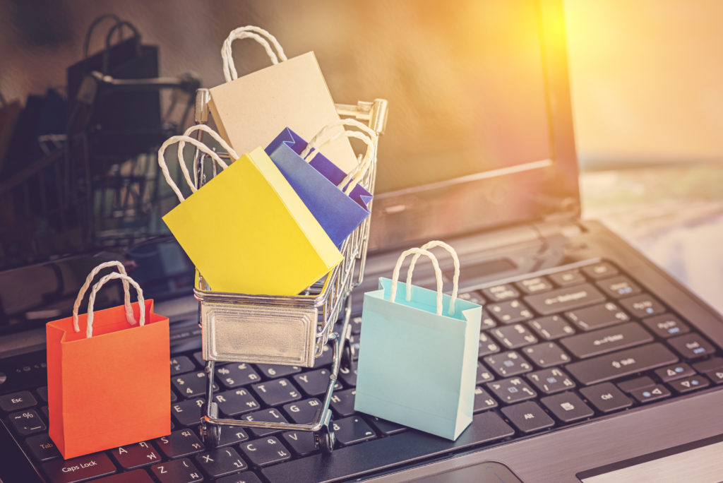 e-commerce trends influencing brick and mortar stores